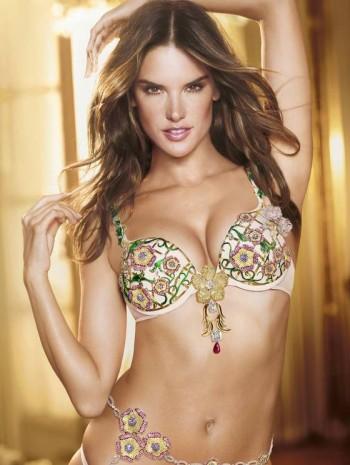 Alessandra Ambrosio Eleita uma das modelos mais sexies do mundo